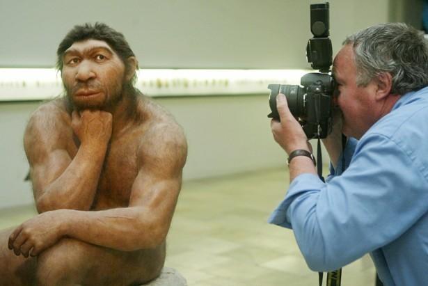 Neanderthal posing